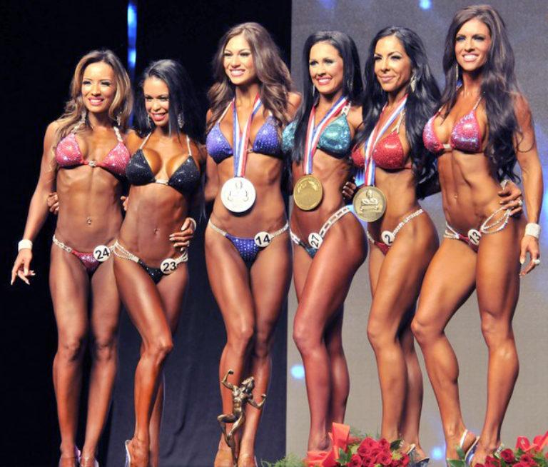 bikini-fitness-wedstrijd-262-w768