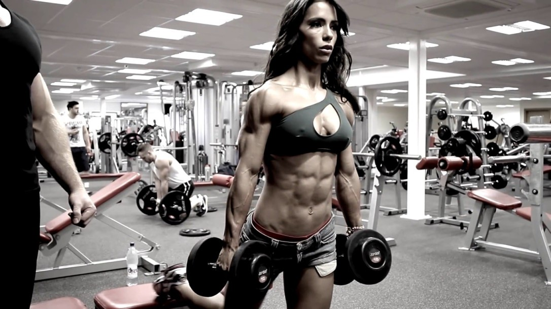 Sports-fitness-models-Andreia-Brazier-dumbbells-gyms-athletic-Poster-Home-Decor-canvas-printed-4-sizes-Free
