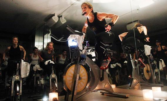 130404_DX_SPINNINGCYCLING2.jpg.CROP.rectangle3-large